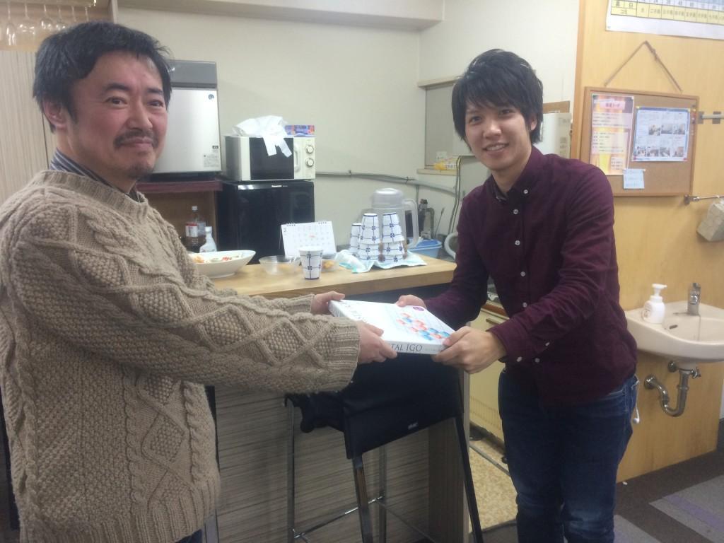 第1回の優勝は西村一駿さん。おめでとうございます!(賞品はクリスタル碁盤☆)