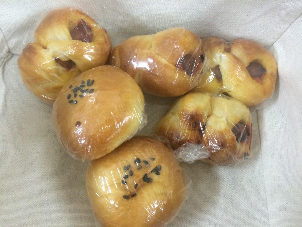 サロンの方から、パンの差し入れも!とてもおいしく頂きました!ありがとうございます。